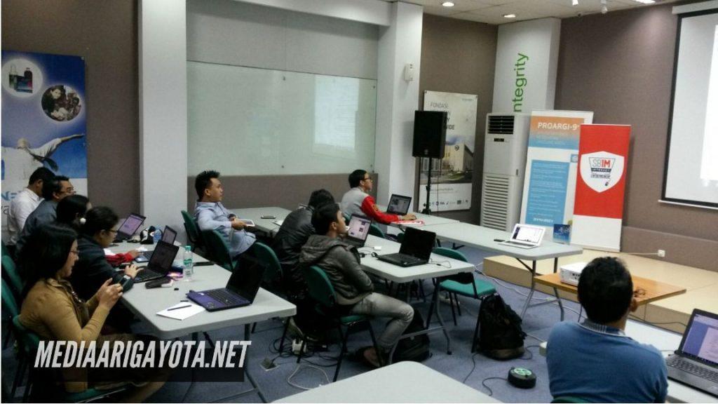 Pelatihan Bisnis Online SB1M di Madiun