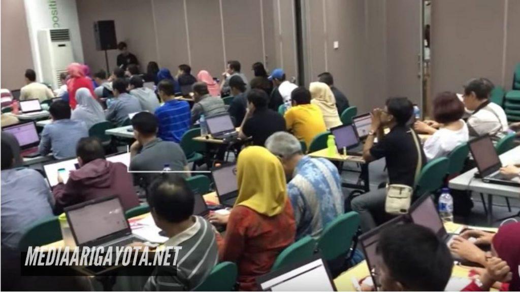 Kursus Belajar Bisnis Online SB1M di Karadenan Bogor