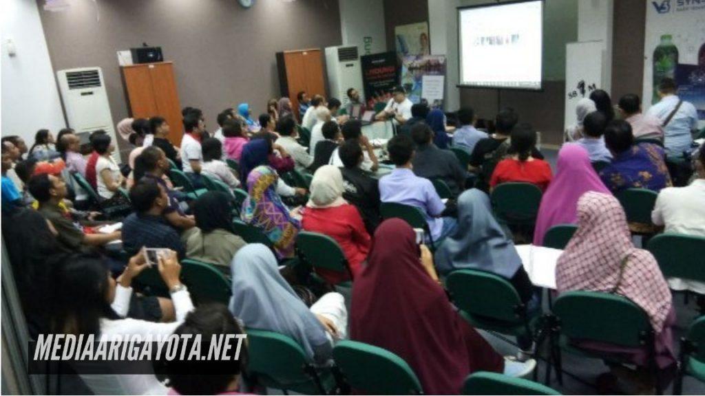 Pelatihan Bisnis Online SB1M di Duren Jaya Bekasi