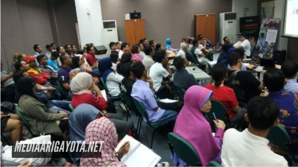 Kursus Belajar Bisnis Online SB1M di Ciherang Pondok Bogor