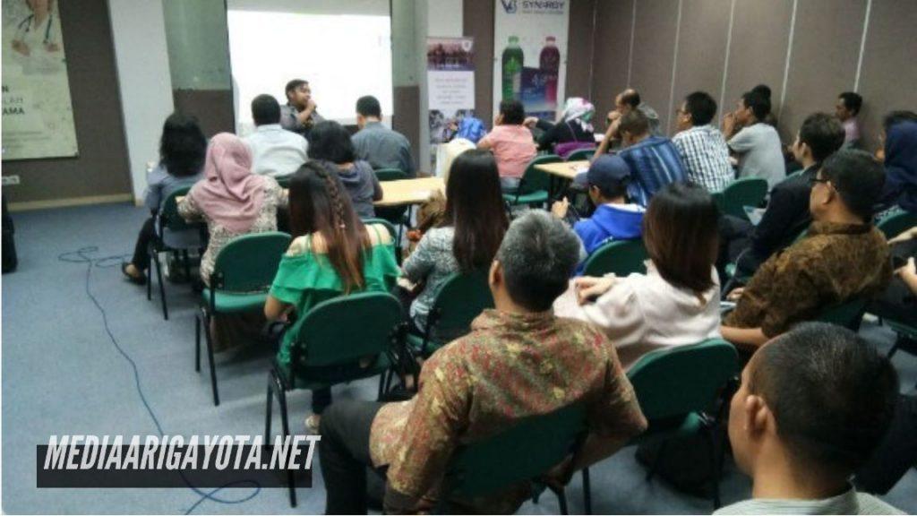 Kelas Belajar Bisnis Online SB1M di Bendungan Bogor