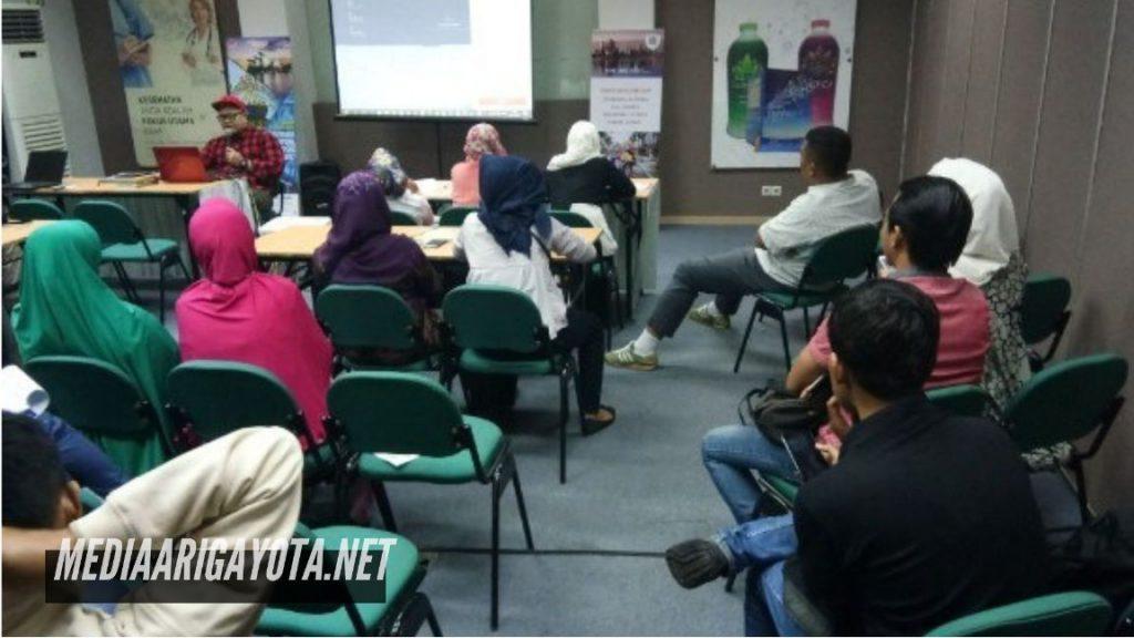 Kelas Bisnis Online SB1M di Pejagalan Jakarta Utara
