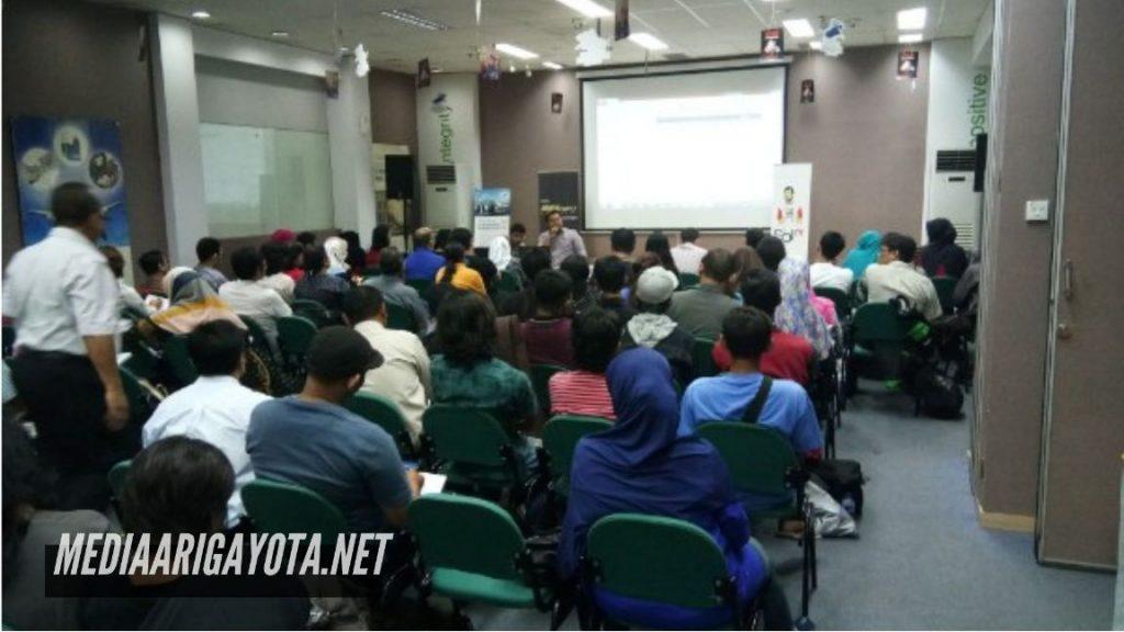 Kursus Bisnis Online SB1M di Pondok Karya Tangerang Selatan