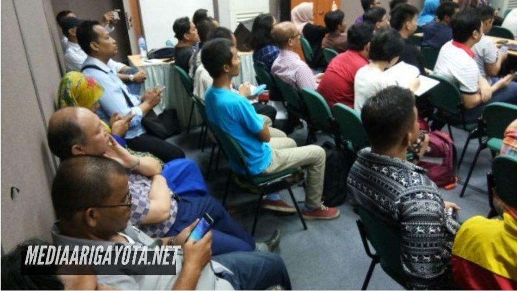Kelas Bisnis Online SB1M di Dago Bogor