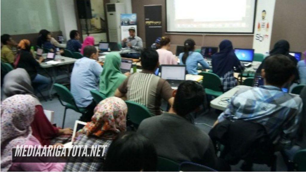 Sekolah Bisnis Online SB1M di Bantul