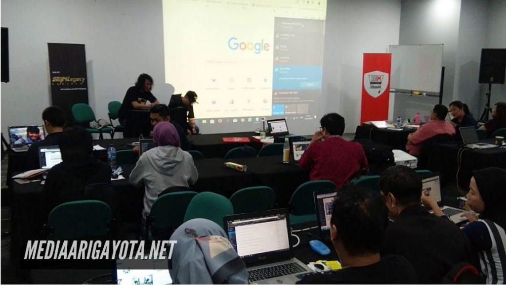 Kelas Bisnis Online SB1M di Karihkil Bogor