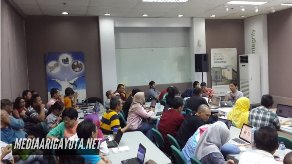 Kursus Belajar Bisnis Online SB1M di Cipadu Tangerang